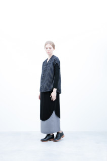 Shirt / S6_N153S : LFVSH 21,000+tax br;  Cut&Sewn / S6_N162T : RLTLT 10,500+tax br; Skirt / S6_N066P : SKPT 19,500+tax br; Shoes / S6_F1210R : ORDINARIA DURA-L 59,000yen+tax