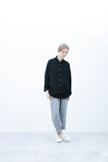 Shirt / S6_N111S : OSSH 22,500yen+tax br; Pants / S6_N151P : WEPT 28,500yen+tax