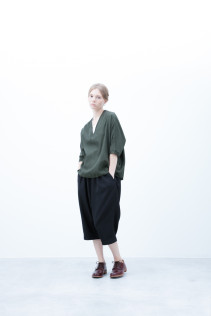 Pullover / S6_N117 : DPO 15,500yen+tax br; Pants / S6_N063P : GMSL 17,500yen+tax br; Shoes / S6_F111R : REGALIA DUDA-L 98,000+tax