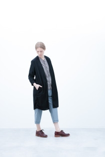 Coat / S6_N113C : NVCT 23,500yen+tax br; Shirt / S6_N022S : JMSH 19,500yen+tax br; Pants / S6_N071P : YGPT 19,500yen+tax br; Shoes / S6_F111R : REGALIA DUDA-L 98,000+tax
