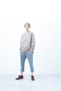 Pullover / S6_N121B : POPO 23,500yen+tax br; Pants / S6_N071P : YGPT 19,500yen+tax br; Shoes / S6_F111R : REGALIA DUDA-L 98,000+tax