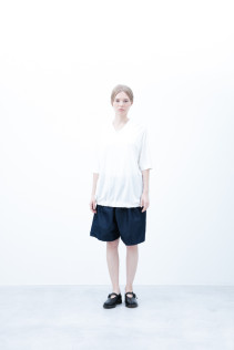 Cut&Sewn S6_N033T : SGT5 13,500yen+tax br; Short Pants / S6_N092P : DSSL 18,000yen+tax br; Shoes / S6_F1220R : ORDINARIA NOBLE 59,000yen+tax