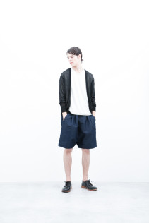 Cardigan / S6_N141K : KLCD 21,000yen+tax br; CuT&Sewn / S6_N187T : KCT7 13,000yen+tax br; Short pants / S6_N092P : DSSL 18,000yen+tax br; Shoes / S6_F116R : REGALIA DURA-M 98,000yen+tax
