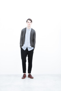 Cardigan / S6_N141K : KLCD 21,000yen+tax br; Shirt / S6_N177S : WDSH 21,500yen+tax br; Pants / S6_N101P : SLMPT 20,000yen+tax br; Shoes / S6_F116R : REGALIA DURA-M 98,000yen+tax