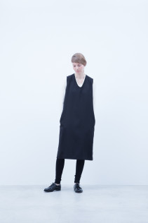 Cut&Sewn / A6_N021T : RTLT_L 9,200+tax br; Dress / A6_N104O : NSOP 18,000+tax br; Leggings / A6_N024T : BEAL 8,900+tax br;