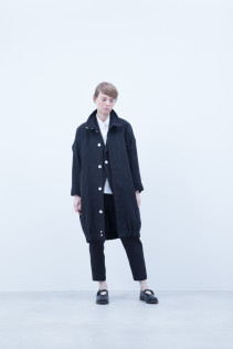 Coat / A6_N161C : STCT 54,000+tax br; Jacket / A6_N111J : TRDJK 38,500+tax br; Shirt / A6_N011S : JSOSH 18,500+tax br;  Pants / A6_N111J : TRDJK 38,500+tax br; Shoes / S6_F1220R : ORDINARIA NOBLE 59,000yen+tax