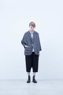 Jacket / A6_N141J : DPJK 36,000+tax br; Turtleneck Cut&Sewn / A6_N124T : NFTN 23,500+tax br; Pants / A6_N096P : GMSL 20,000+tax br;