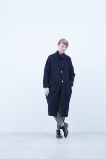 Coat / A6_N142C : LHCT 39,500+tax br; Turtleneck Cut&Sewn / A6_N124T : NFTN 23,500+tax br; Pants / A6_N101P : TGSL 22,500+tax br; Shoes / S6_F111R : REGALIA DUDA-L 98,000+tax