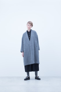 Coat / A6_N183C : MCCT 49,000+tax br; Dress / A6_N073O : JSGOP 33,500+tax br; Leggings / A6_N024T : BEAL 8,900+tax br;  Shoes / S6_F1220R : ORDINARIA NOBLE 59,000yen+tax