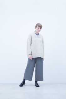 Sweater / A6_N151K : EGSW_LU 35,000+tax br; Shirt / A6_N011S : JSOSH 18,500+tax br; Pants / A6_N116P : SKPT 21,000+tax br;