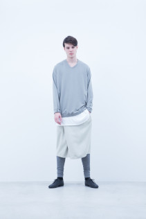 Cut&Sewn / A6_N081T : WTWT 14,500+tax br; Cut&Sewn / N025T / RTLT_M 10,500+tax br; Pants / A6_N133P : TYSPT 23,500+tax br; Leggings / A6_N024T : BEAL 8,900+tax br;
