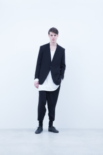 Jacket / A6_N095J : VTJK 38,500+tax br; Cut&Sewn / A6_N025T : RTLT_M 10,500+tax br;  Pants / A6_N093P : TYPT 23,500+tax br;