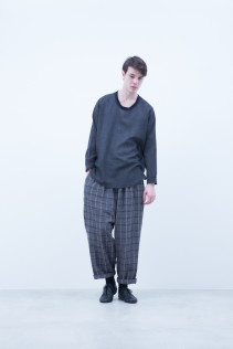 Pullover / A6_N051S : POSH 21,500+rax br; Pants / A6_N143P : GDPT 26,500+tax br;