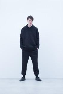 Sweater / A6_N152K : EGSW_U 39,000+tax br; Shirt / A6_N071S : OSSH 22,500+tax br; Pants / A6_N114P : STPT 23,000+tax br;