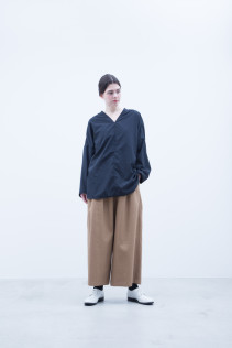 Pullover / A7_N033PO : NFVPO 16,500+tax br; Pants / A7_N053PF : NWDSL 19,500+tax br;