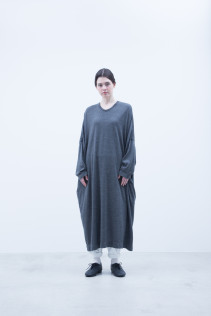 Cut & Sewn Dress / A7_N084TO : NOSTO 19,500+tax br;  Pants / A7_N104PF : NWSPT 23,000+tax br;
