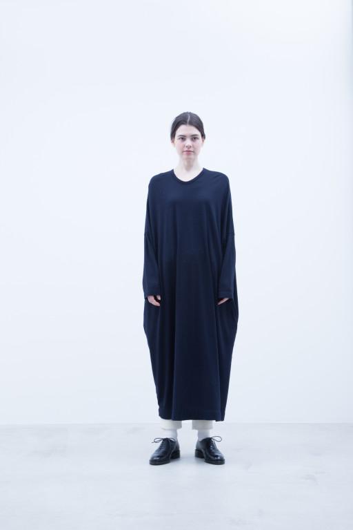 Cut & Sewn Dress / A7_N084TO : NOSTO 19,500+tax br; Pants / A7_N184TP : NSCPT 26,000+tax br;