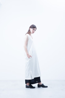 Dress / S7_N087DR : NNSDR 25,000+tax br; Pants / S7_N191PF : NWDPT 23,500+tax br;