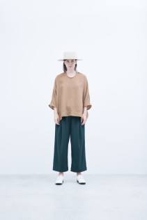 Hat / S8_NC261CP : NKKCP 16,500+tax br; Pullover / S8_NC214PO : NDPPO 14,500+tax br; Pants / S8_NC075TP : NFATP 22,000+tax br;