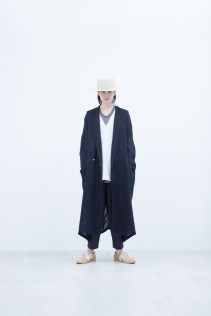 Hat / S8_NC261CP : MKKCP 16,500+tax br; Coat / S8_NC201CT : NHWCT 32,500+tax br; Pullover / S8_NC172PO : NVMPO 17,000+tax br; Pants / S8_NC111PF : NSSPT 17,500+tax br;