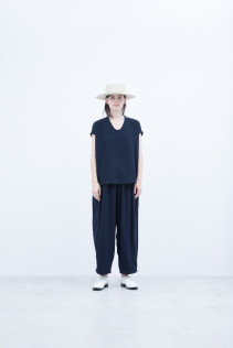 Hat / S8_NC261CP : NKKCP 16,500+tax br; Pullover / S8_NC090PO : NFOPO 12,000+tax br; Pants : S8_NC093PF : NWTPT 24,000+tax br;