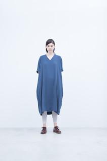 Dress / S8_NC235OP : NFNOP 24,500+tax br; Leggings / S8_NC026TP : NTULE 8,900+tax br;