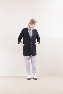 Coat_ NA15-J161 QVJK-L 58,000yen+tax br; Cardigan_ NA15-T42 HFPK 21,500yen+tax br; Cut&Sewn_ FA15031 ELEM T-L 9,500yen+tax br; Pants_ NA15-P41 YGPT 21,500yen+tax br; Sox_ FA15044 SOL 2,200yen+tax br; Shoes_ FA15071 AGGRESSIA DURA-L 44,000yen+tax
