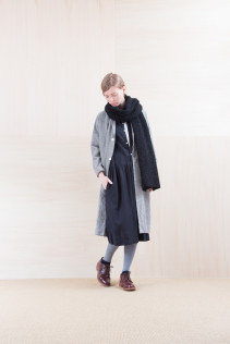 Coat_ NA15-C61 LHCT 32,000yen+tax br; Dress_ NA15-O31 JSGOP 28,000 yen+tax br; Cut&Sewn_ FA15031 ELEM T-L 9,500yen+tax br; Sox_ FA15041 LANA01 3,300yen+tax br; Shoes_ FA15051 REGALIA DURA-L 98,000yen+tax