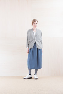 Cardigan_ NA15-T171 PWCD-L 29,000yen+tax br; Cut&Sewn_ FA15031 ELEM T-L 9,500yen+tax br; Skirt_ NA15-SK99 UTPSK 18,000yen+tax  br; Sox_ FA15041 LANA01 3,300yen+tax br; Shoes_ FA15071 AGGRESSIA DURA-L 44,000yen+tax