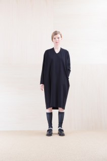 Dress_ NA15-T44 H126OP 19,000yen+tax br; Cut&Sewn_ FA15031 ELEM T-L 9,500yen+tax br; Sox_ FA15042 LANA02 3,300yen+tax br; Shoes_ FA15062 ORDINARIA NOBLE 59,000yen+tax