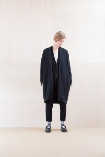KnitCoat_ NA15-T174 137OCT 36,000yen+tax br; Jacket_ NA15-J94 JKCT 36,000yen+tax br; Cut&Sewn_ FA15031 ELEM T-L 9,500yen+tax br; Pants_ NA15-P41 YGPT 21,500yen+tax br; Sox_ FA15041 LANA01 3,300yen+tax br; Shoes_ FA15061 ORDINARIA DURA-L 59,000yen+tax