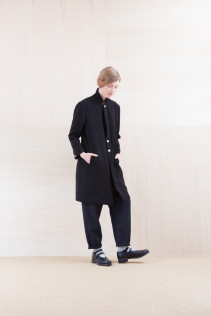 Jacket_ NA15-J95 LJKCT 41,500yen+tax br; Pants_ NA15-P71 FLSL 26,000yen+tax br; Sox_ FA15041 LANA01 3,300yen+tax br; Shoes_ FA15061 ORDINARIA DURA-L 59,000yen+tax