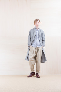 Coat_ NA15-C61 LHCT 32,000yen+tax br; Shirts_ NA15-S11 JSOSH 18,500yen+tax br; Pants_ NA15-P141 CTSL 21,000yen+tax br; Sox_ FA15041 LANA01 3,300yen+tax br; Shoes_ FA15051 REGALIA DURA-L 98,000yen+tax