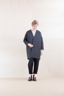 Coat_ NA15-C181 QVNCT 48,000yen+tax br; Cut&Sewn_ NA15-T102 15,000yen+tax br; Pants_ NA15-P142 CSSL 21,000yen+tax br; Sox_ FA15042 LANA02 3,300yen+tax br; Shoes_ FA15062 ORDINARIA NOBLE 59,000yen+tax