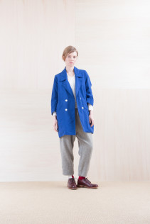 Coat_ NA15-J113 RDNCT 48,000yen+tax br; Cut&Sewn_ NA15-T52 BRRT 10,500yen+tax br; Pants_ NA15-P175 GTPT 27,000yen+tax br; Sox_ FA15042 LANA02 3,300yen+tax br; Shoes_ FA15051 REGALIA DURA-L  98,000yen+tax