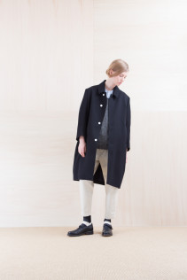 Coat_ NA15-C152 TBCT-L 59,500yen+tax br; Shirts_ NA15-S63 LSHPO 18,500yen+tax br; Shirts_ NA15-S12 JMSH 18,000yen+tax br; Pants_ NA15-P142 CSSL 21,000yen+tax br; Sox_ FA15041 LANA01 3,300yen+tax br; Shoes_ FA15062 ORDINARIA NOBLE 59,000yen+tax