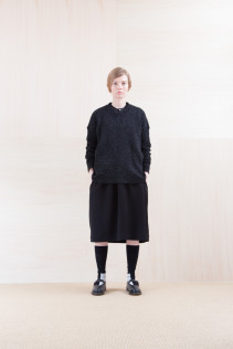 Sweater_ SBOK 34,500yen+tax br; Dress_ NA15-O98 JMGOP 29,000yen+tax br; Sox_ FA15042 LANA02 3,300yen+tax br; Shoes_ FA15062 ORDINARIA NOBLE 59,000yen+tax
