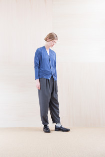 Cardigan_ NA15-T23 CPCD 12,500yen+tax br; Cut&Sewn_ NA15-T52 BRRT 10,500yen+tax br; Pants_ NA15-P71 FLSL 26,000yen+tax br; Sox_ FA15041 LANA01 3,300yen+tax br; Shoes_ FA15062 ORDINARIA NOBLE 59,000yen+tax