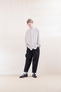 Cardigan_ NA15-T81 G144CD 19,000yen+tax br; Shirts_ NA15-S11 JSOSH 18,500yen+tax br; Pants_ NA15-P141 CTSL 21,000yen+tax br; Sox_ FA15041 LANA01 3,300yen+tax br; Shoes_ FA15062 ORDINARIA NOBLE 59,000yen+tax