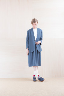 Jacket_ NA15-J94 JKCT 36,000yen+tax br; ShirtsDress_ NA15-O98 JMGOP 29,000yen+tax br; Sox_ FA15042 LANA02 3,300yen+tax br; Shoes_ FA15061 ORDINARIA DURA-L 59,000yen+tax