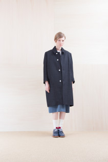 Coat_ NA15-C152 TBCT-L 59.500yen+tax br; ShirtsDress_ NA15-O98 JMGOP 29,000yen+tax br; Sox_ FA15042 LANA02 3,300yen+tax br; Shoes_ FA15061 ORDINARIA DURA-L 59,000yen+tax