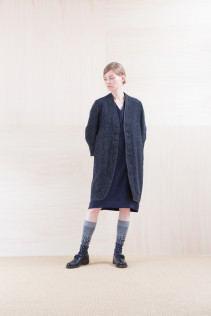 Coat_ NA15-J192 BSJK 49,000yen+tax br; Dress_ NA15-O96 FSOP 28,000yen+tax br; Cut&Sewn_ NA15-T52 BRRT 10,500yen+tax br; Sox_ FA15043 NIX 3,500yen+tax br; Shoes_ FA15062 ORDINARIA NOBLE 59,000yen+tax