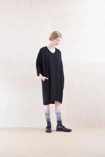 Dress_ NA15-O97 POSOP 29,500yen+tax br; Sox_ FA15043 NIX 3,500yen+tax br; Shoes_ FA15062 ORDINARIA NOBLE 59,000yen+tax
