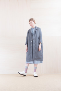Coat_ NA15-C213 CECT-L 58,500yen+tax br; Dress_ NA15-O31 JSGOP 28,000 yen+tax br; Sox_ FA15045 OBLIQUE 2,200yen+tax br; Shoes_ FA15071 AGGRESSIA DURA-L 44,000yen+tax