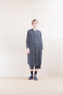 ShirtsDress_ NA15-O123 KMMOP 28,500yen+tax br; Pants_ NA15-P72 GMSL 24,000yen+tax br; Sox_ FA15041 LANA01 3,300yen+tax br; Shoes_ FA15061 ORDINARIA DURA-L 59,000yen+tax