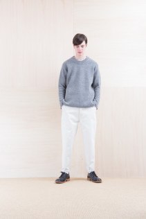 Sweater_ NA15-K202 SBTK 35,500yen+tax br; Denim_ FA15013 DUN-W 19,500yen+tax br; Shoes_ FA15056 REGALIA DURA-M 98,000yen+tax