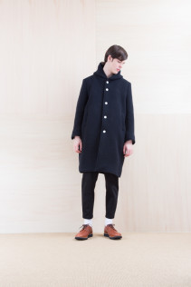 Coat_ NA15-C236 FBCT-M 59,500yen+tax br; Pants_ NA15-P142 CSSL 21,00yen+tax br; Shoes_ FA15076 AGGRESSIA DURA-M 44,000yen+tax