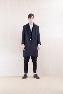 Coat_ NA15-C218 CECT-M 59,500yen+tax br; Jacket_ NA15-J100 VTJK 38,000yen+tax br; Pants_ NA15-P93 LYPT 28,000yen+tax br; Shoes_ FA15056 REGALIA DURA-M 98,000yen+tax