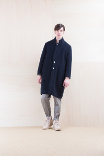 Coat_ NA15-C196 CECT 52,000yen+tax br; Pants_ FA15022 LAS 19,500yen+tax