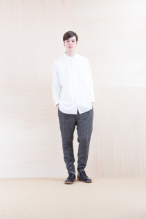 Shirts_ NA15-S16 WDSH 19,500yen+tax br; Pants_ NA15-P122 LSPT 24,500yen+tax br; Shoes_ FA15056 REGALIA DURA-M 98,000yen+tax